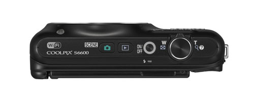 Nikon Coolpix S6600 superiore