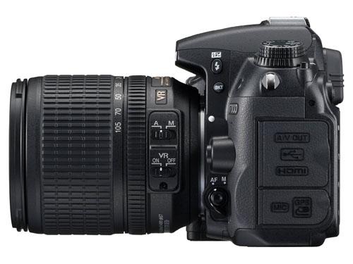 Nikon D7000 lato
