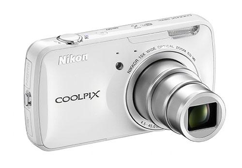Nikon-Coolpix-S800c-zoom