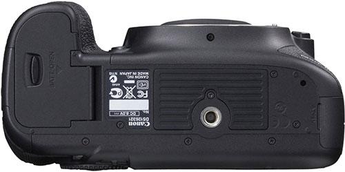 Canon-EOS-5D-Mark-III-inferiore