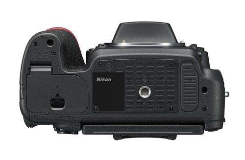 nikon-d750-inferiore
