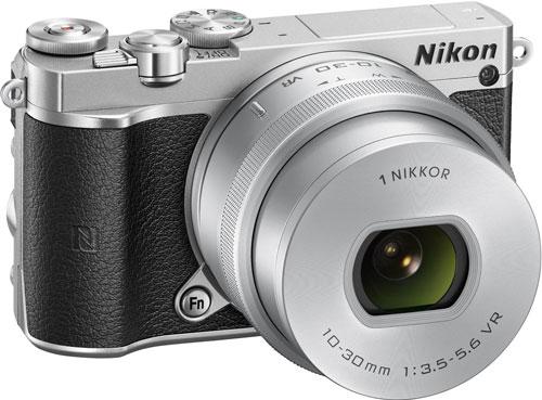 Nikon-1-j5-zoom