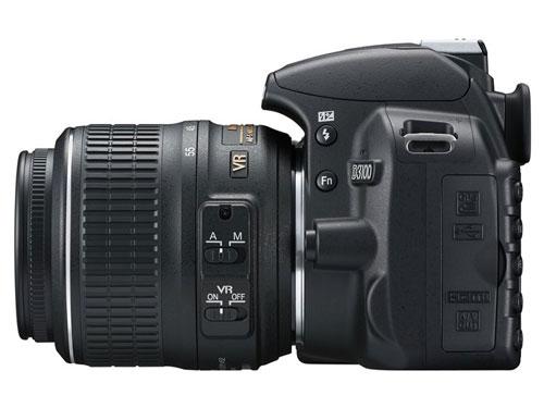 Nikon-D3100-sinistra