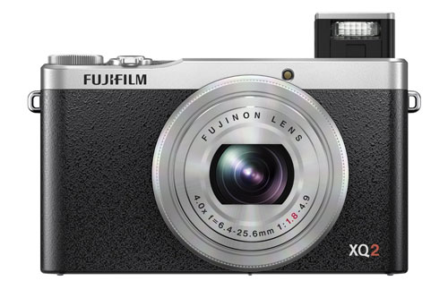 Fujifilm-XQ2-flash