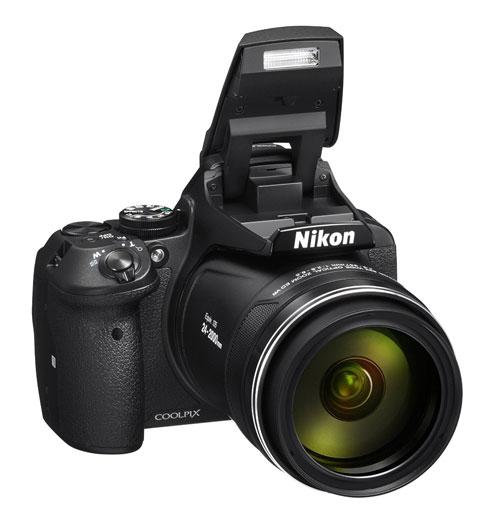 nikon-coolpix-p900-flash