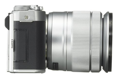 Fujifilm X-A3 lato