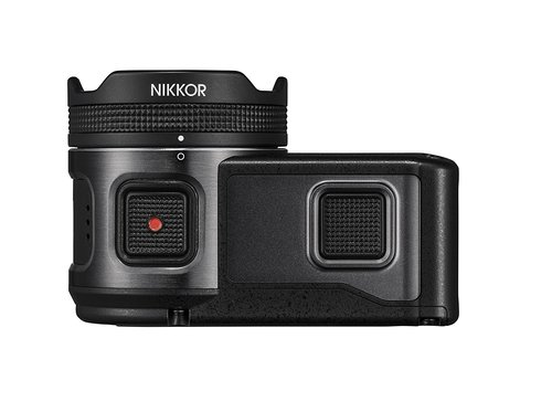 Nikon KeyMission 170 sopra