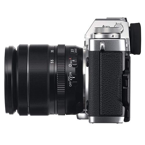 Fujifilm X-T3 lato sinistro