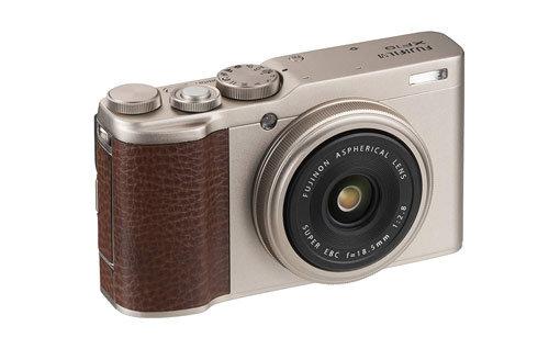 Fujifilm XF10 obiettivo
