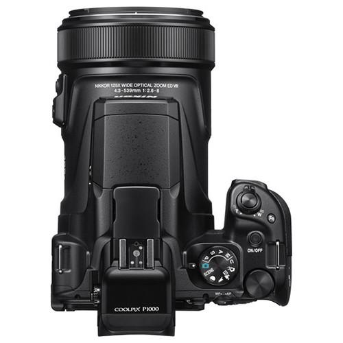 Nikon Coolpix P1000 top