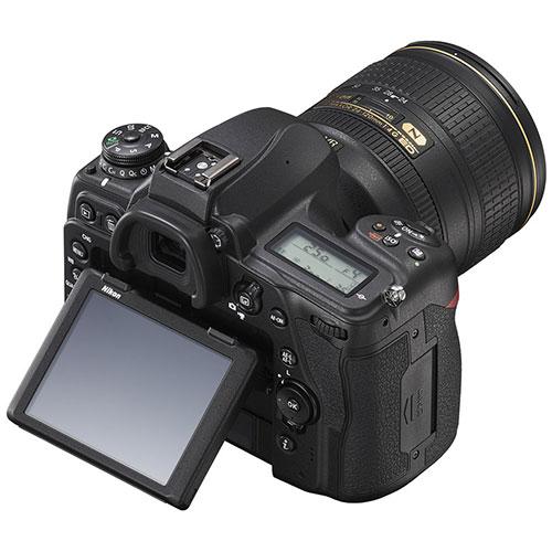 Nikon D780 display