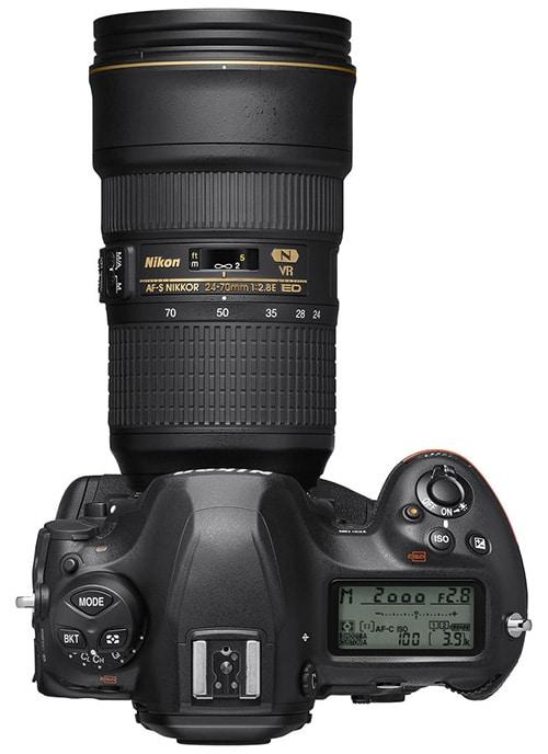 Nikon D6 teleobiettivo